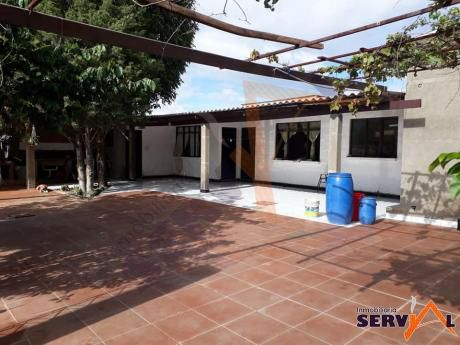 Vendo Amplia Casa Sobre 487 M2 De Superficie, Inmediaciones Km 6 Sacaba, Al Norte