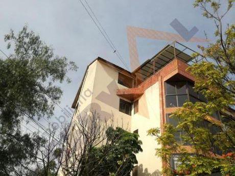 Linda Casa Independiente De 3 Plantas En Alquiler Inmediaciones Km 2 Av. Chapare