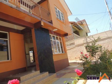Casa De 2 Plantas En Alquiler Zona Norte Inmediaciones Av. Circunvalación Y Melchor Perez De Olguin