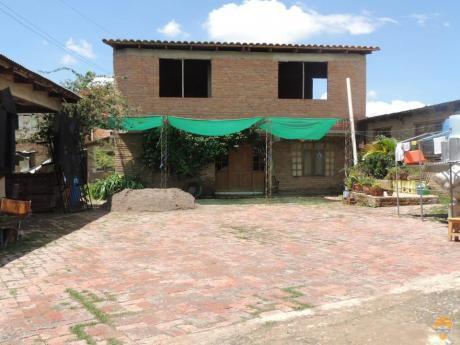 Vendo Casa De Dos Plantas Sobre 1002 M
