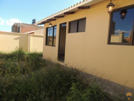 Casa En Venta A Estrenar, Sector Udabol