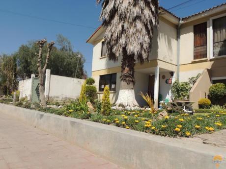 Casa En Venta En Urbanizacion, Inmediaciones Km. 4,5 A Sacaba