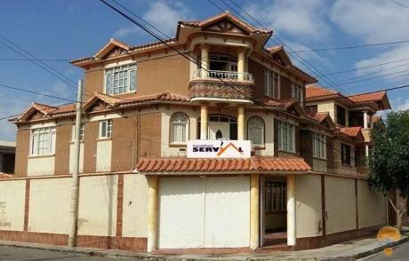 Hermosa Casa De Tres Planta En Venta Inmediaciones Imba