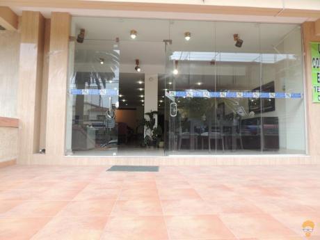 En Cala-cala Vendo Local Comercial Sobre Avenida