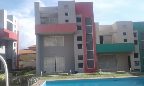 Casa A Estrenar  En Venta, 3 Plantas, En Condominio, Zona Puntiti