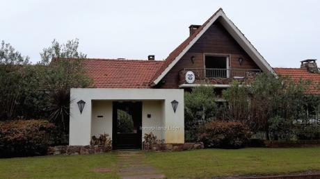 Espectacular Casa Carrasco Sur 5 Dormitorios