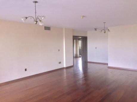 Tierra Inmobiliaria - Lujoso Departamento En Ciudad Nueva! 3 Dormitorios!!