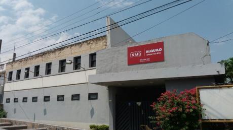 Salones Multiuso S/ La Avda Gral Aquino