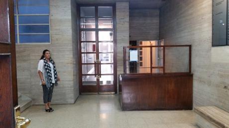 Oportunidad En Oficinas. Oficina En Venta.   2 Amb. ,  1 Baños - 30 M2., 30 M2 Cub.