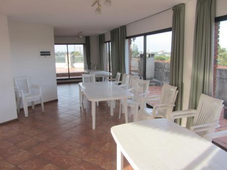 Apartamento, 1 Dormitorio, Jardín, Garaje. Parque Batlle