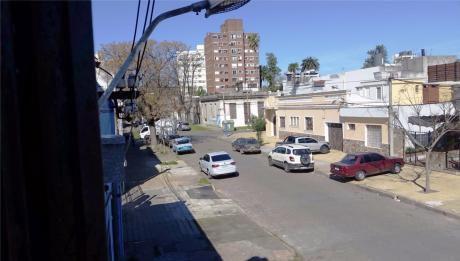 Alquiler En La Blanqueada - Apto 1 Dorm Y Patio - 60 M2 Apróx.