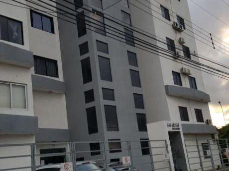 Departamento En Alquiler En Condominio  Av Alemana 2do Y 3er Anillo