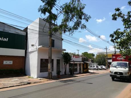 Alquilo Salón En Boggiani C/ Dr. Machain - Asunción
