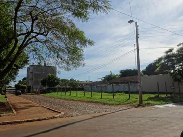 Vendo Terreno Titulado En Ciudad Del Este Barrio San José