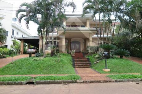 Alquilo Hermosa Casa En El Parana
