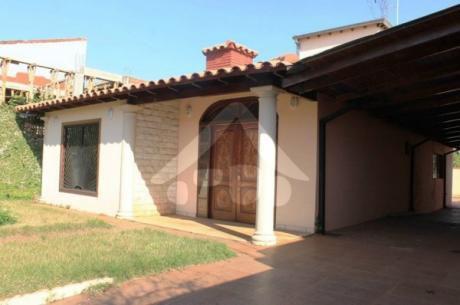Vendo Hermosa Casa Barrio San Jose De Ciudad Del Este