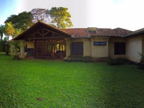 Vendo Residencia En Zona Yacht Y Golf Club