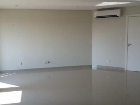 Vendo Departamento De 2 Dormitorios En Complejo Moravia. San Lorenzo.