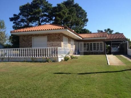 Id 10587 - Excelente Chalet En Parque De Solymar!!!