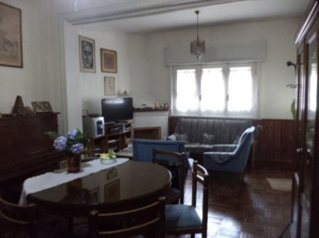Excelente Casa En Requena Y La Paz