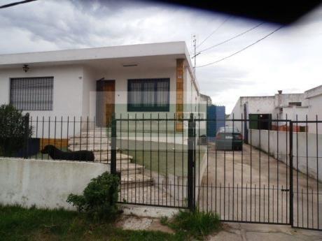 Alquiler A 200 Mts. De Gral. Flores Y Mendoza Oficinas Y DepÓsito