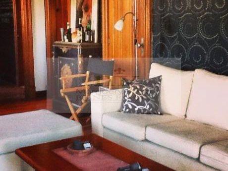 Moderno, Parisino, Amueblado @ Palacio Salvo!