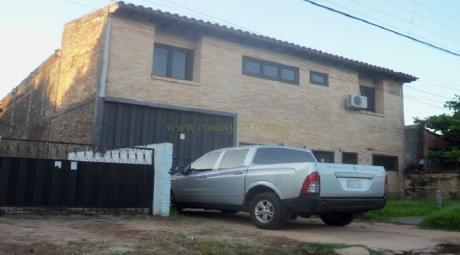 Depósito En Barrio Santa María