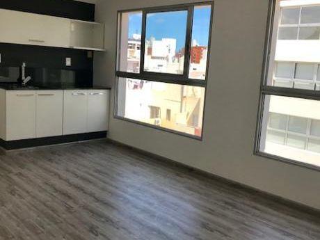 Alquiler Oficina A Estrenar Puerto Buceo Zona Wtc Garaje