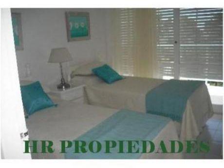 Apartamentos En Playa Mansa: Hrp763a