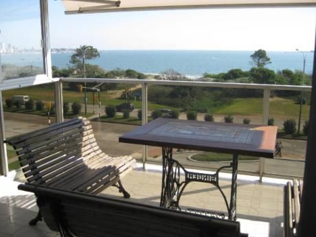 Apartamentos En Playa Mansa: Cni105a
