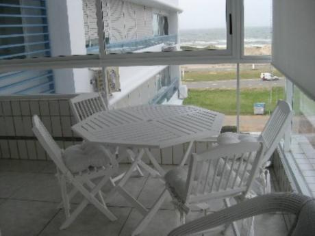 Apartamentos En Playa Brava: Cni15188a