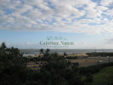 Apartamentos En Playa Brava: Cni15303a