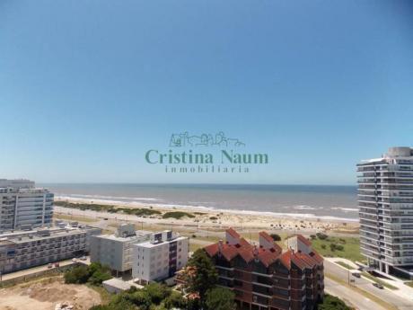 Apartamentos En Playa Brava: Cni15415a