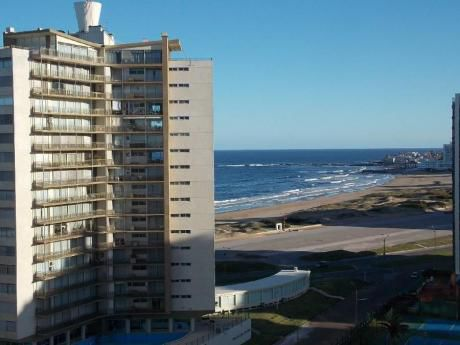 Apartamentos En Playa Brava: Cni15695a