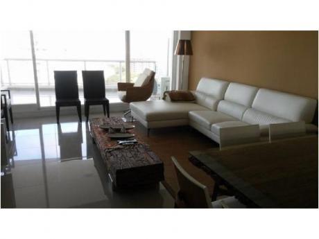 Apartamentos En Playa Brava: Cni16102a