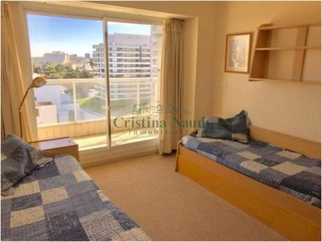 Apartamentos En Playa Brava: Cni16487a