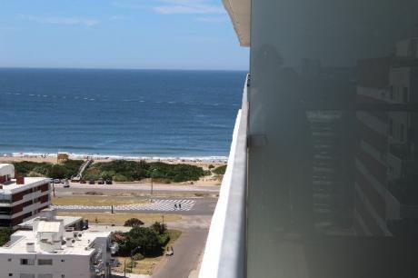 Departamento En Playa Brava - Ref: Co112