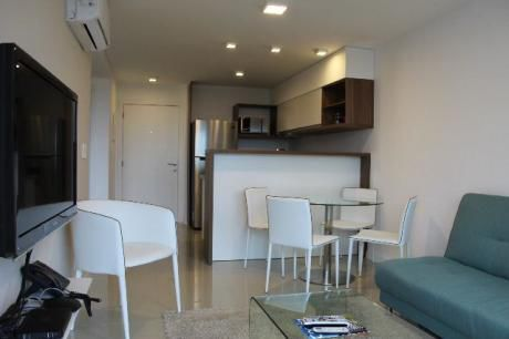 Departamento En Playa Brava - Ref: Co44