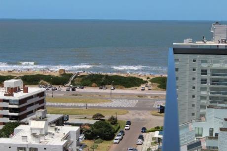 Departamento En Playa Brava - Ref: Co67
