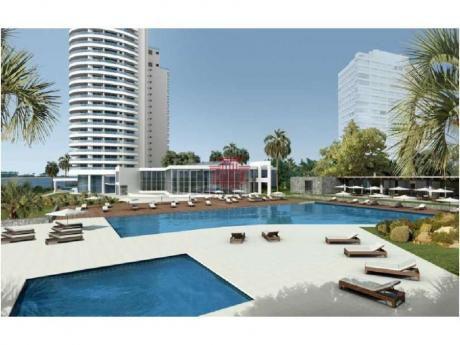 Apartamentos En Playa Mansa: Dyt10247a