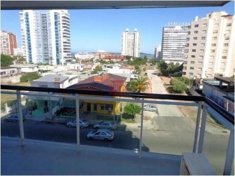Apartamentos En Playa Brava: Dyt10799a