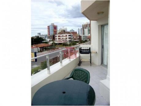 Apartamentos En Playa Brava: Dyt10803a
