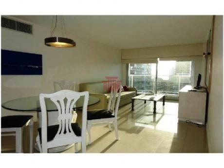 Apartamentos En Playa Brava: Dyt10854a