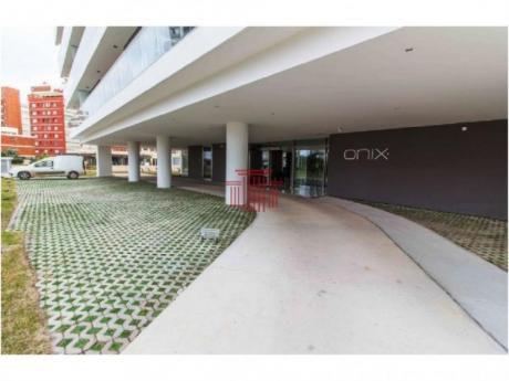 Apartamentos En Playa Brava: Dyt10864a