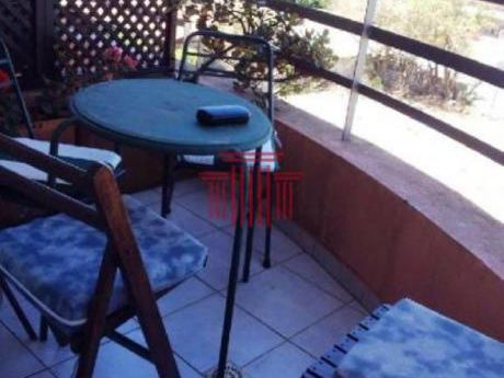 Apartamentos En Playa Mansa: Dyt13133a