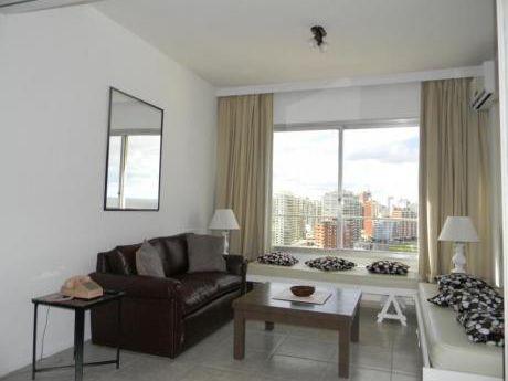 Apartamentos En Península: Ipd1024a