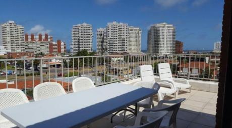 Apartamentos En Playa Mansa: Ipd1442a