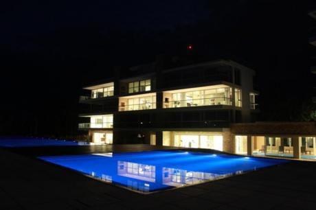 Apartamentos En Playa Brava: Ipd1529a