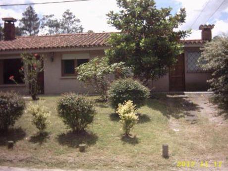 Casas En Las Delicias: Ipd1533c