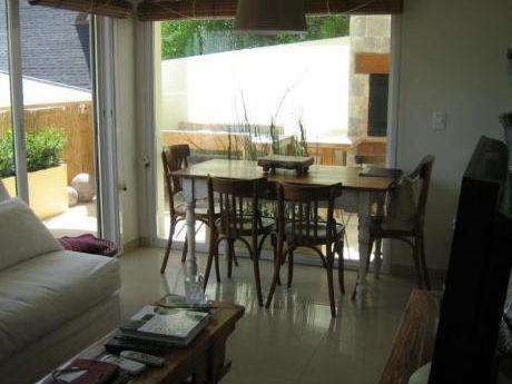 Apartamentos En Playa Brava: Ipd3932a